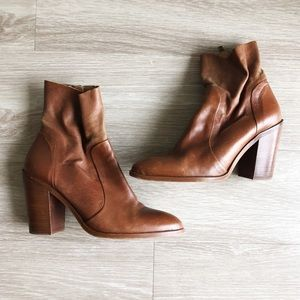 Steve Madden | Mareena Brown Leather Boots